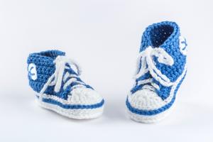 Babyfinkli gehäkelt blau