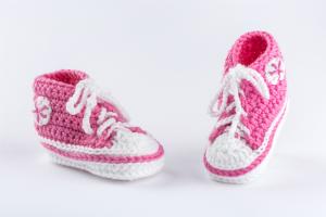 Babyfinkli gehäkelt pink
