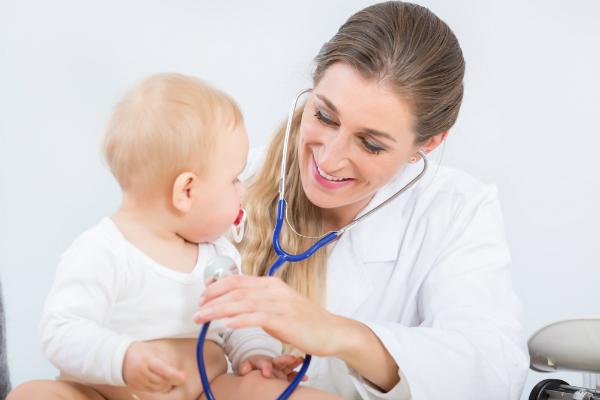Ein Besuch beim Kinderarzt ist bei einer Erkältung kein Fehler