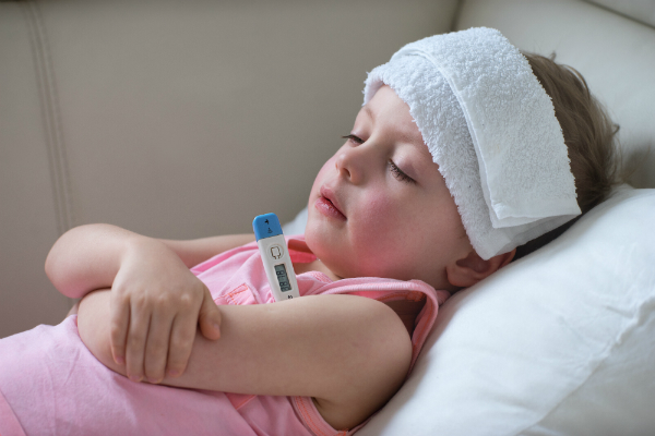 Babys haben ein noch schwaches Immunsystem. Deshalb sind sie schneller von Infektionen betroffen als Erwachsene