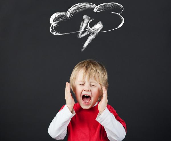 Das beissen bei Kleinkindern ist mit verschiedenen Emotionen verbunden