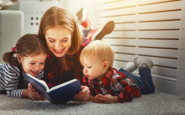 Vorlesen ist ein guter Ansatz, um die Sprachentwicklung zu fördern