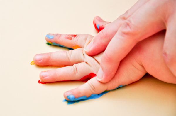 Der Händeabdruck aus verschiedenen Altersjahren ist ein ganz besonderes Erinnerungsstück