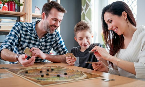 Auch Brettspiele können mit ein wenig Fantasie selbst gestaltet werden
