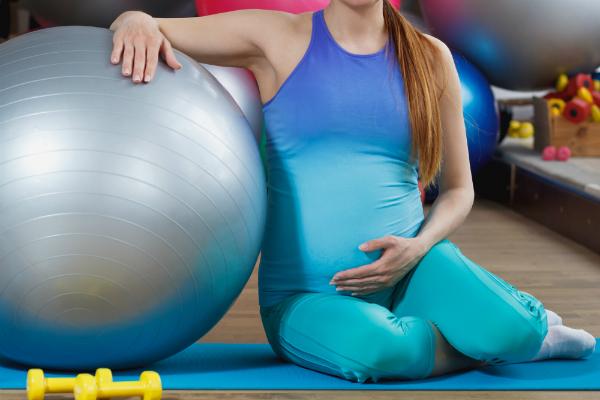 In der Schwangerschaft vorzugsweise auf spezielle Gymnastik und passenden Sport umsteigen