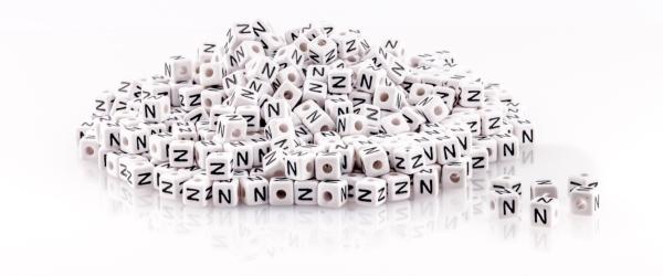 buchstaben-acryl-weiss-10mm-set-gleicher-buchstabe
